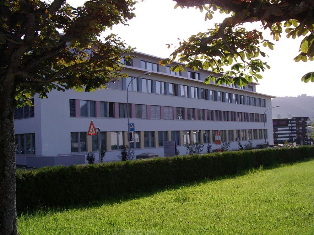 Gewerbebauten 11